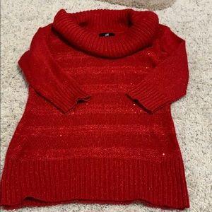 Mid sleeve sweater